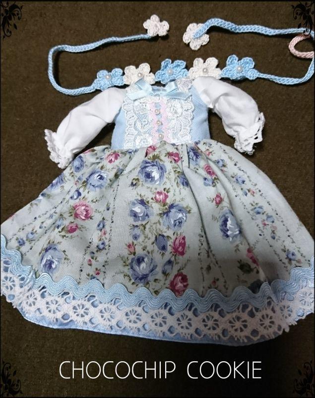 画像: 手編みお花モチーフHD・ボーダーローズワンピース (1)水色 (2)ピンク